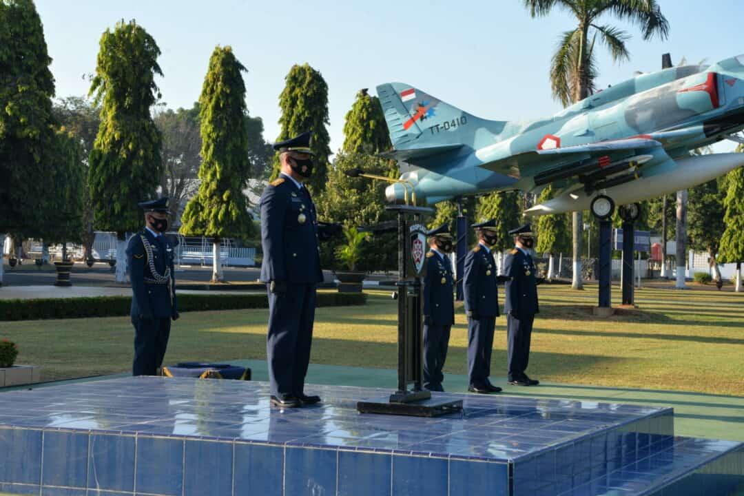 Upacara Peringatan Hari Bakti TNI Angkatan Udara Ke-73 di Makassar