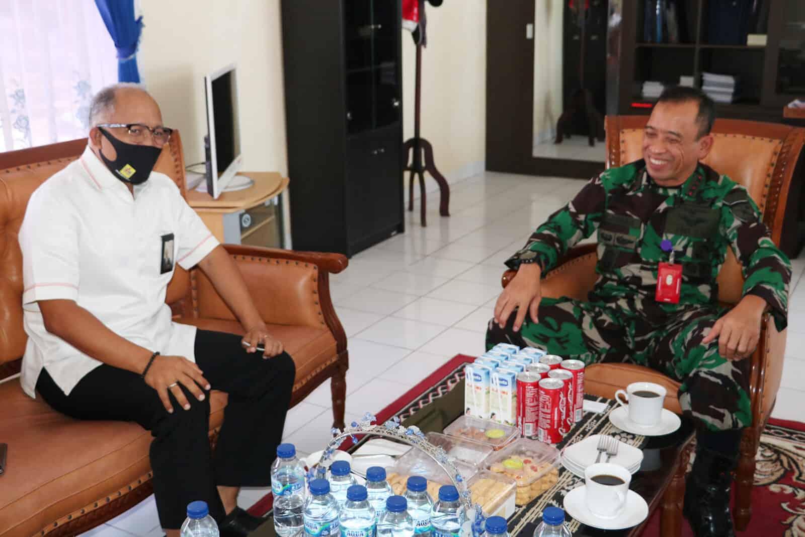 Mempererat Tali Silaturahmi, Danlanud El Tari Terima Kunjungan GM PT. PLN (Persero) UIW NTT