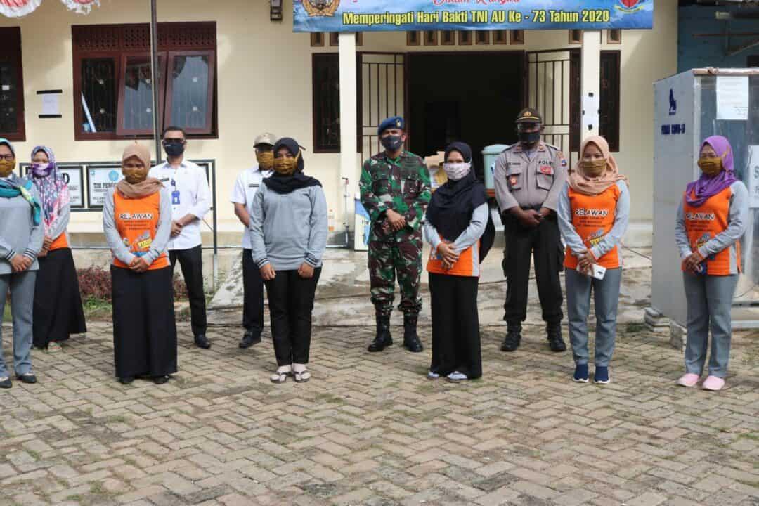 Bakti Sosial Lanud Sjamsudin Noor Dalam Rangka Memperingati Hari Bakti TNI AU ke-73 Tahun 2020