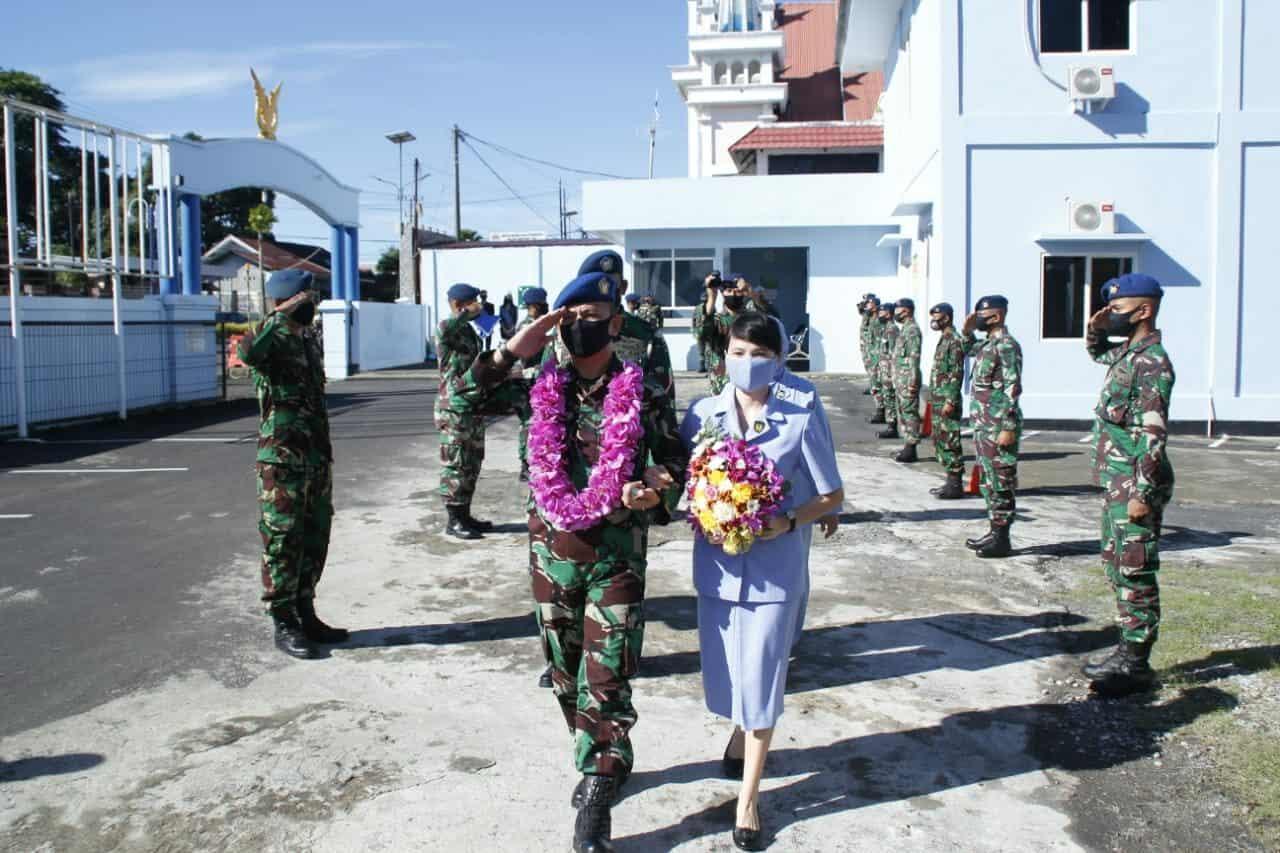 Lanud Sam Ratulangi Manado Upacara Tradisi Passing In-Out Komandan