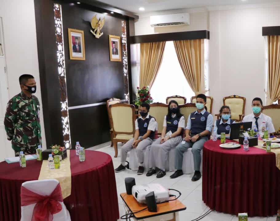 Danlanud Silas Papare menerima Siswa Siswi SMA Pradita Dirgantara