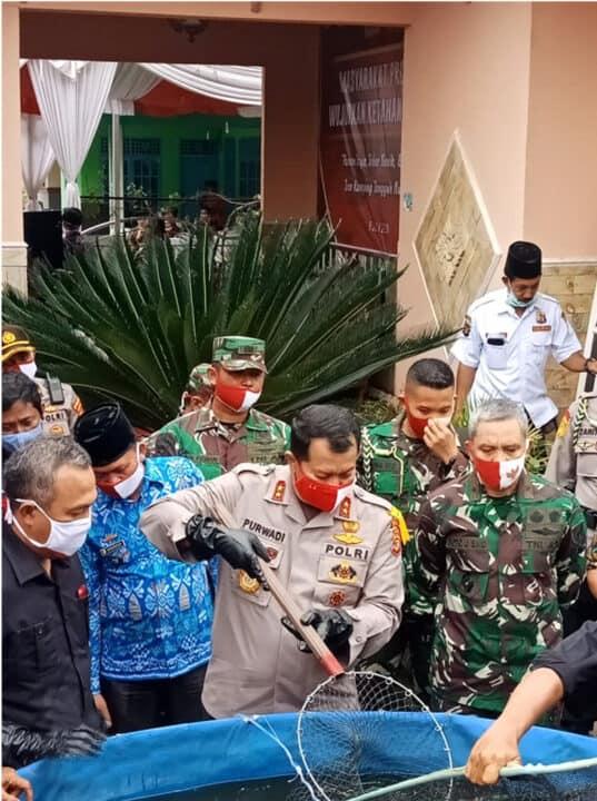 Lanud Bny Turut Berpartisipasi dalam Program Panen Raya Polda Lampung