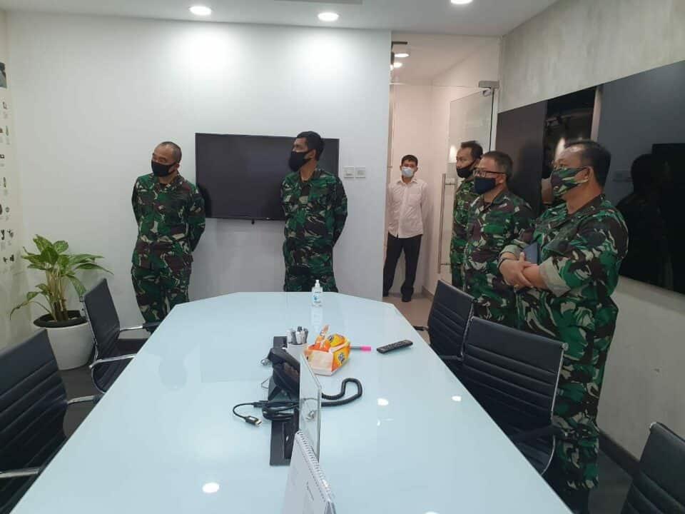Kadissupotrudau Kunjungi PT Leica Geosytem Indonesia