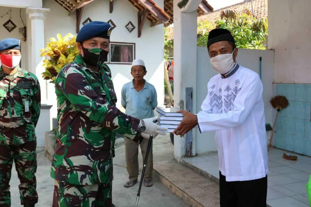 Dalam Rangka Hari Bakti TNI AU ke-73 Tahun 2020 Lanud Sugiri Sukani Datangi Warga di Wilayah Desa Binaan
