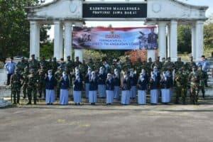 Peringati Hari Bakti ke-73 TNI AU, Lanud Sugiri Sukani Melaksanakan Ziarah Rombongan di TMP Sawala