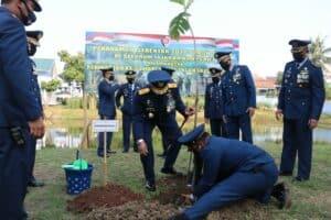 Gerakan Menanam Pohon Sukun Serentak di Lanud jajaran Koopsau I , tepat di Hari Bakti Ke-73 TNI AU