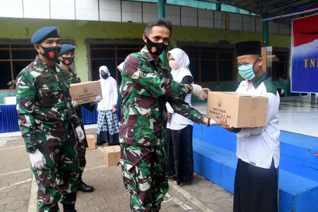 Bakti Sosial TNI AU di Panti Asuhan Syubbanul Wathon Tasikmalaya