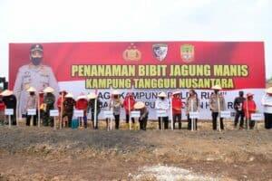 Danlanud Rsn Dampingi Kabaharkam Polri Resmikan Kampung Tangguh Nusantara