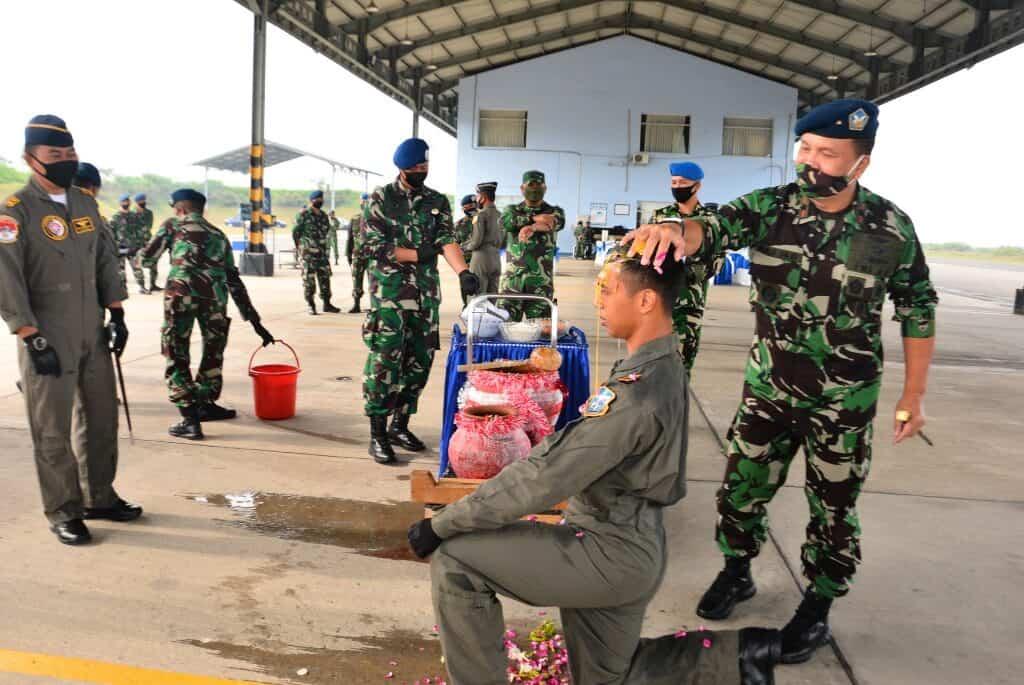 Pembukaan dan Penutupan Pendidikan Transisi Penerbang Pesawat Tucano di Skadron Udara 21 Lanud Abdulrachman Saleh