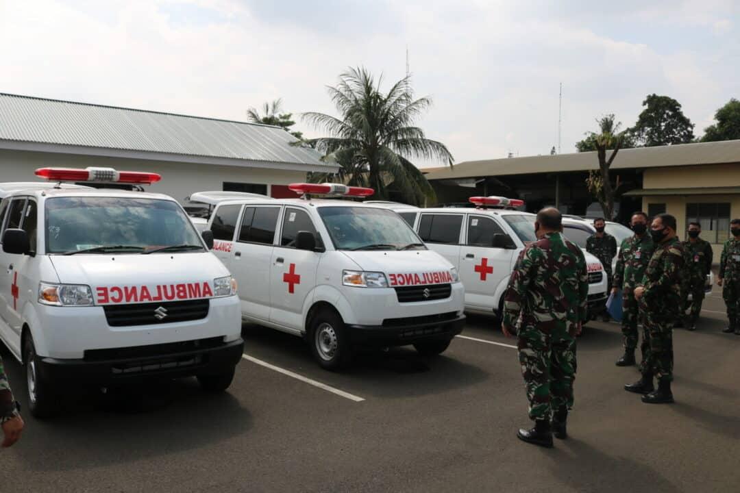 Kohanudnas Terima Tiga Mobil Ambulan dari Mabes TNI