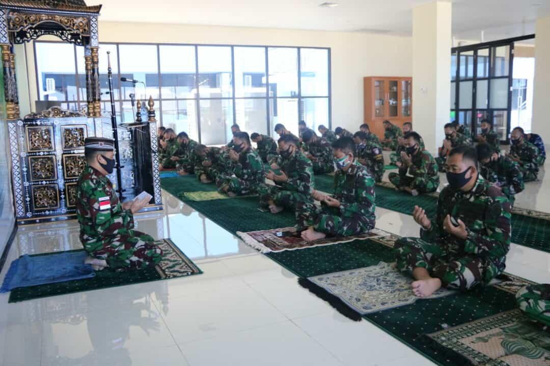 KOOPSAU III GELAR DOA BERSAMA SECARA SERENTAK UNTUK KESELAMATAN TNI ANGKATAN UDARA