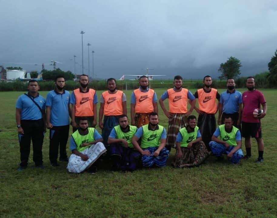 Sepak Bola Sarung meriahkan 17-an di Lanud Sam Ratulangi