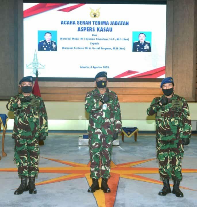 Sertijab Aspers Kasau, Marsma TNI A.Gustaf Brugman Gantikan Marsda TNI I Nyoman Trisantosa