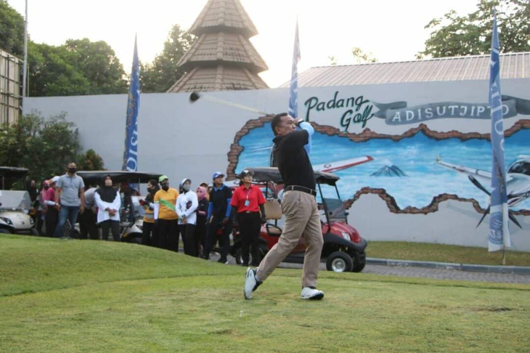 Tingkatkan Sinergitas dan kekompakan, Golf Bersama Perwira digelar di Lanud Adisutjipto