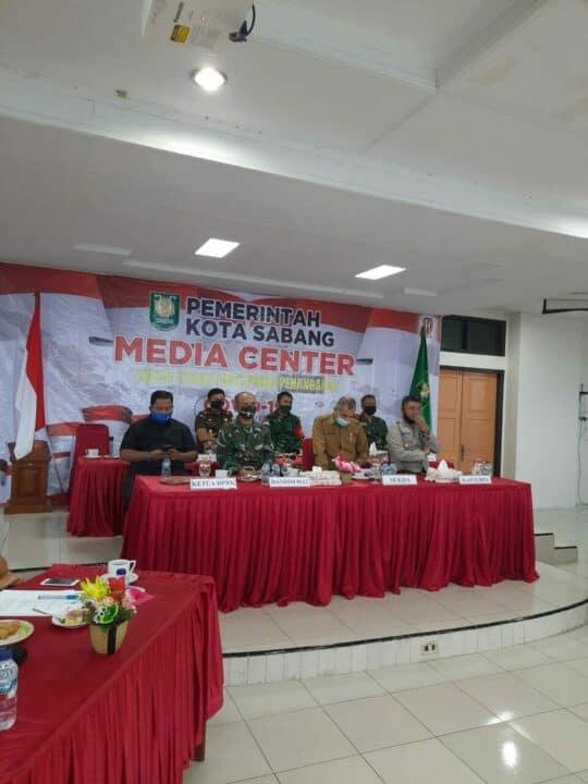 Upaya Tekan Penyebaran Covid-19, Para Pimpinan Kota Sabang Gelar Vicon Jajaran Provinsi Aceh.