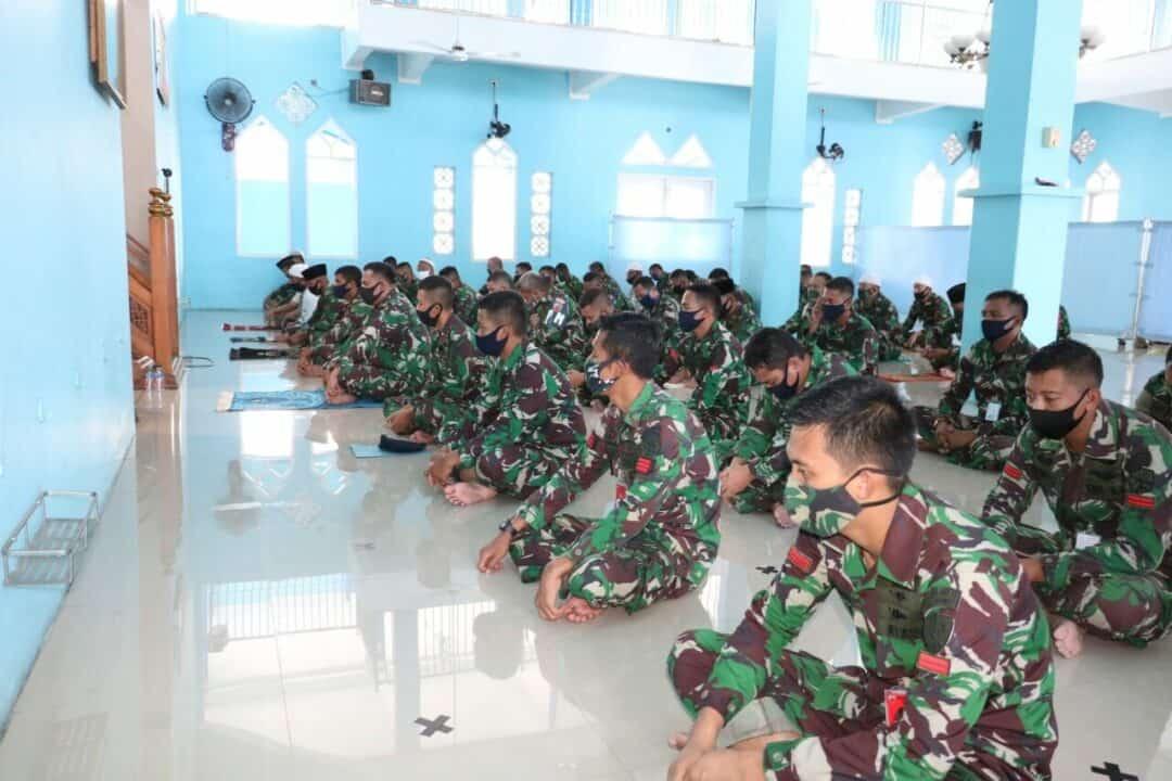 Lanud Dhomber Doa Bersama untuk Keselamatan TNI AU Dalam Tugas Dan Pengabdian Kepada Bangsa Dan Negara