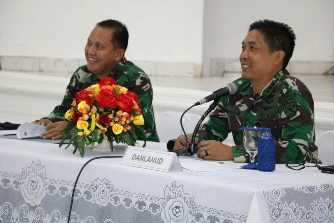 Prajurit TNI Angkatan Udara siap siaga setiap waktu.