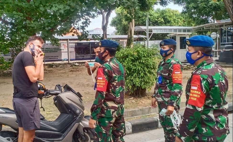 Lanud I Gusti Ngurah Rai Gelar Patroli Pendisiplinan Protokol Kesehatan