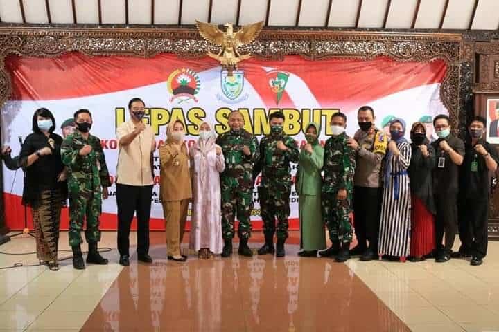 Komandan Lanud J.B. Soedirman Hadiri Acara Lepas Sambut Danyonif 406/CK