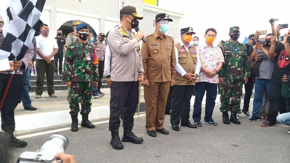 Kadispers Lanud Rsn Dampingi Kapolda Riau lepas Satgas Teking Covid-19