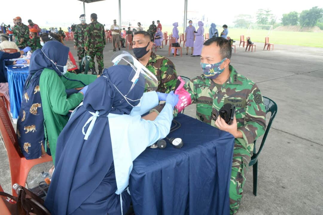 TNI AU Medan Sambut HUT TNI Ke-75 Dengan Kegiatan Donor Darah