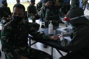 *Keluarga Besar TNI AU Lanud Sam Ratulangi Ikuti Tes Kesehatan*