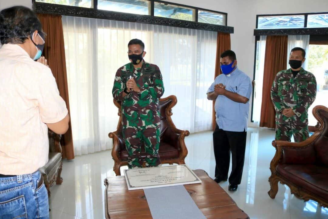Penandatanganan Prasasti Paroki Gereja Santo Yohanes Pemandi Lanud Sjamsudin Noor, Komandan Lanud Sjamsudin Noor Ajak Semua Umat Agama Saat Ibadah Ikuti Protokol Kesehatan