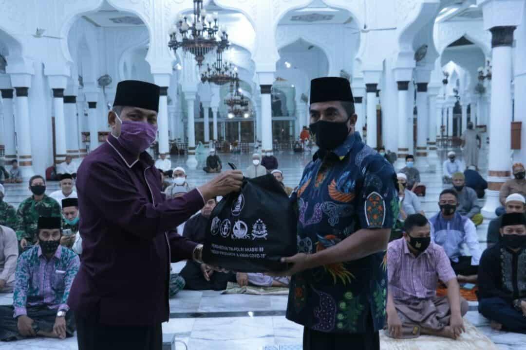 Pangkoopsau I Silaturahmi ke Imam Besar Majid Baiturrahman Banda Aceh