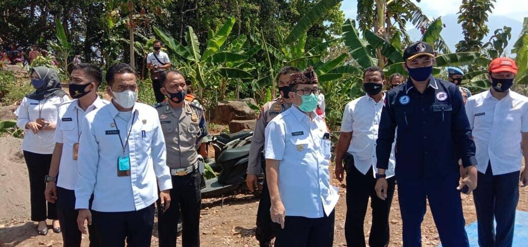 Ketua Umum FASI Lanud Sugiri Sukani Danlanud Dukung Pemkab Cirebon Kembangkan Olahraga Paralayang
