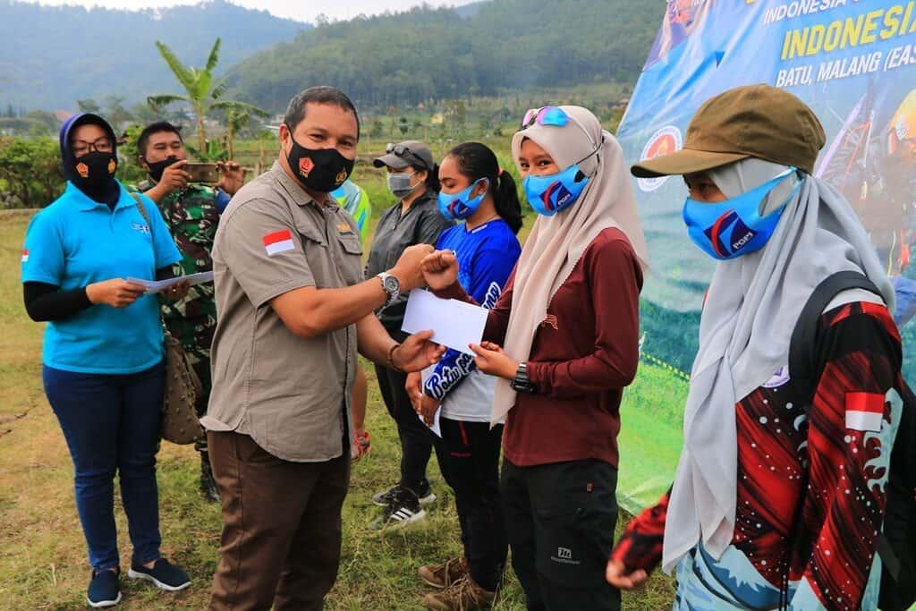 Atlet Paralayang Jatim Juara Umum Virtual Festival Paralayang TNI AU 2020