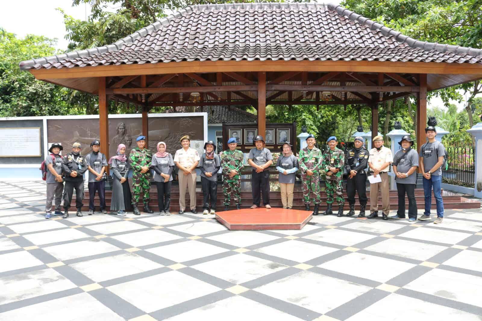 WKM Melawat ke Monjuang TNI AU