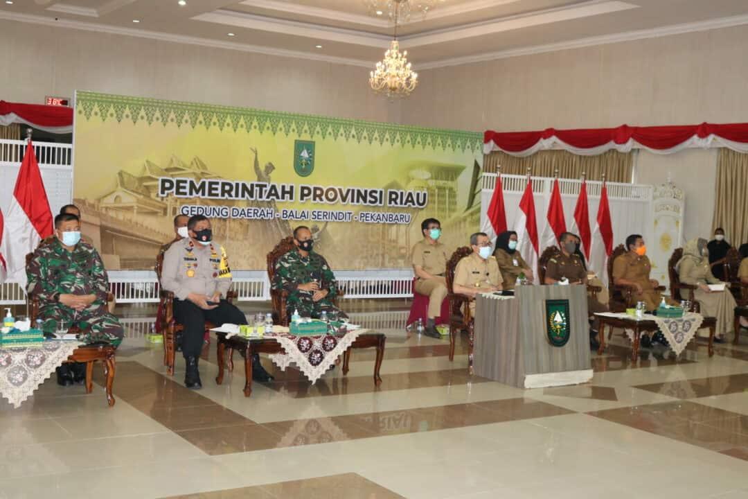 Danlanud Rsn Hadiri Vicon Bersama Menko Marves terkait Covid-19 di Provinsi Riau
