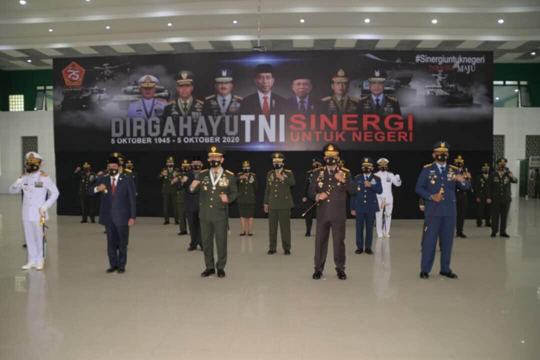 Pangkosekhanudnas III Ikuti Upacara Peringatan HUT Ke-75 TNI Secara Virtual
