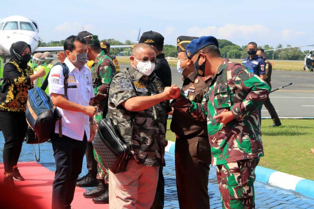 Disambut Komandan Lanud Sjamsudin Noor Bersama Forkopimda Kalsel Komisi III DPR RI Bidang Hukum dan Ham Lakukan Kunjungan Kerja Dengan Aparat Penegak Hukum di Wilayah Kalimantan Selatan