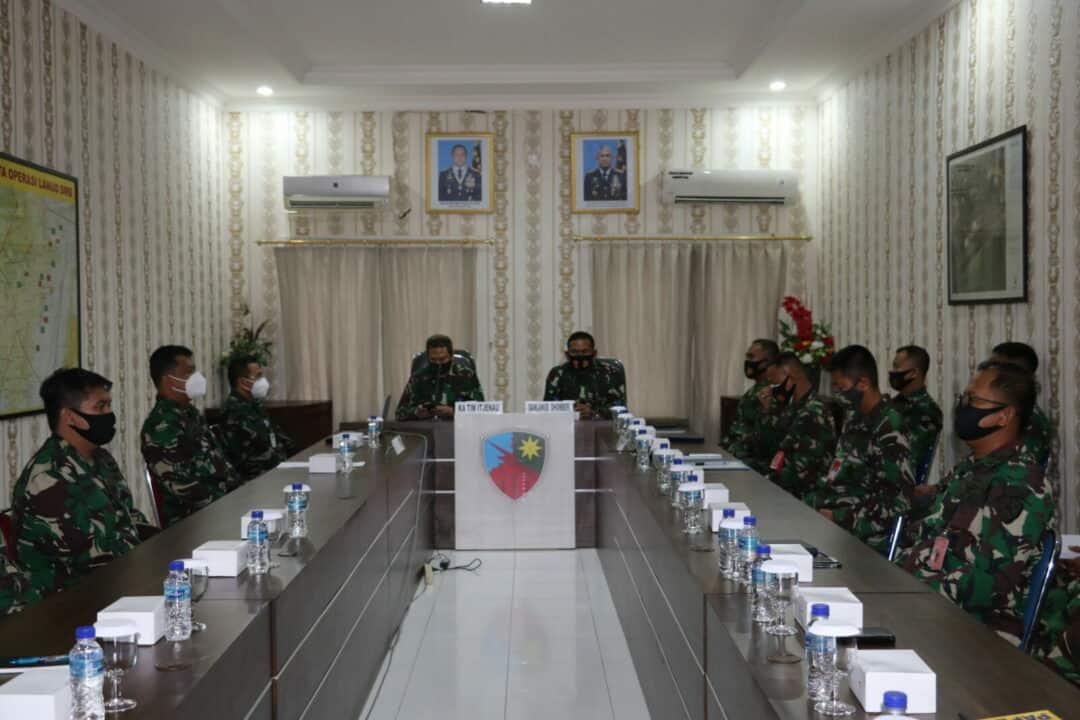 Komandan Lanud Dhomber Menerima Tim Sosialisasi Sistem Pengendalian Intern Pemerintah