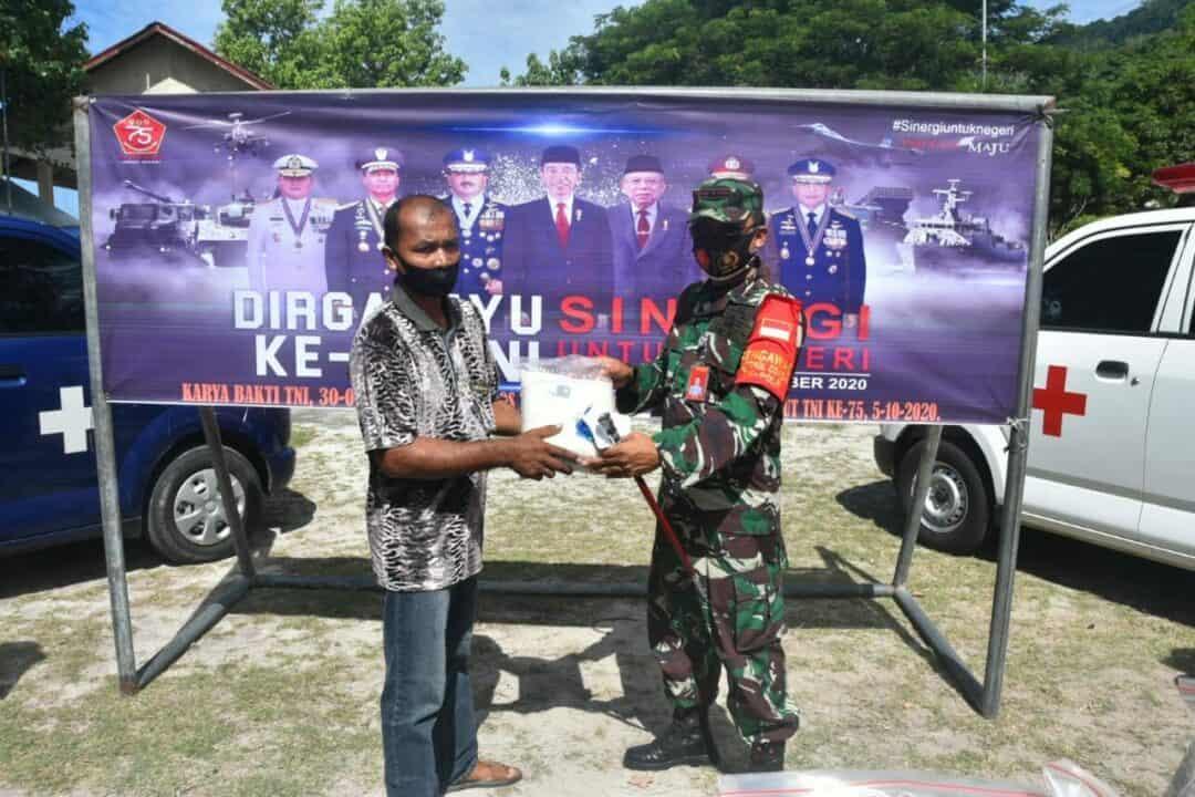 Sinergi Lanud Mus Satrad 233 Adakan Baksos Menyambut HUT TNI ke-75