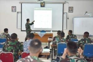 Danlanud Adisutjipto mengajar Siswa Sekolah Penerbang Angkatan 98