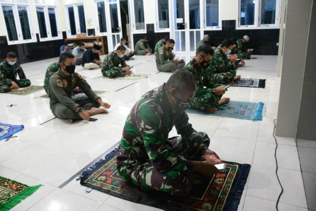 Mohon Keselamatan Selama MOT, Lanud Iswahjudi Gelar Doa Bersama