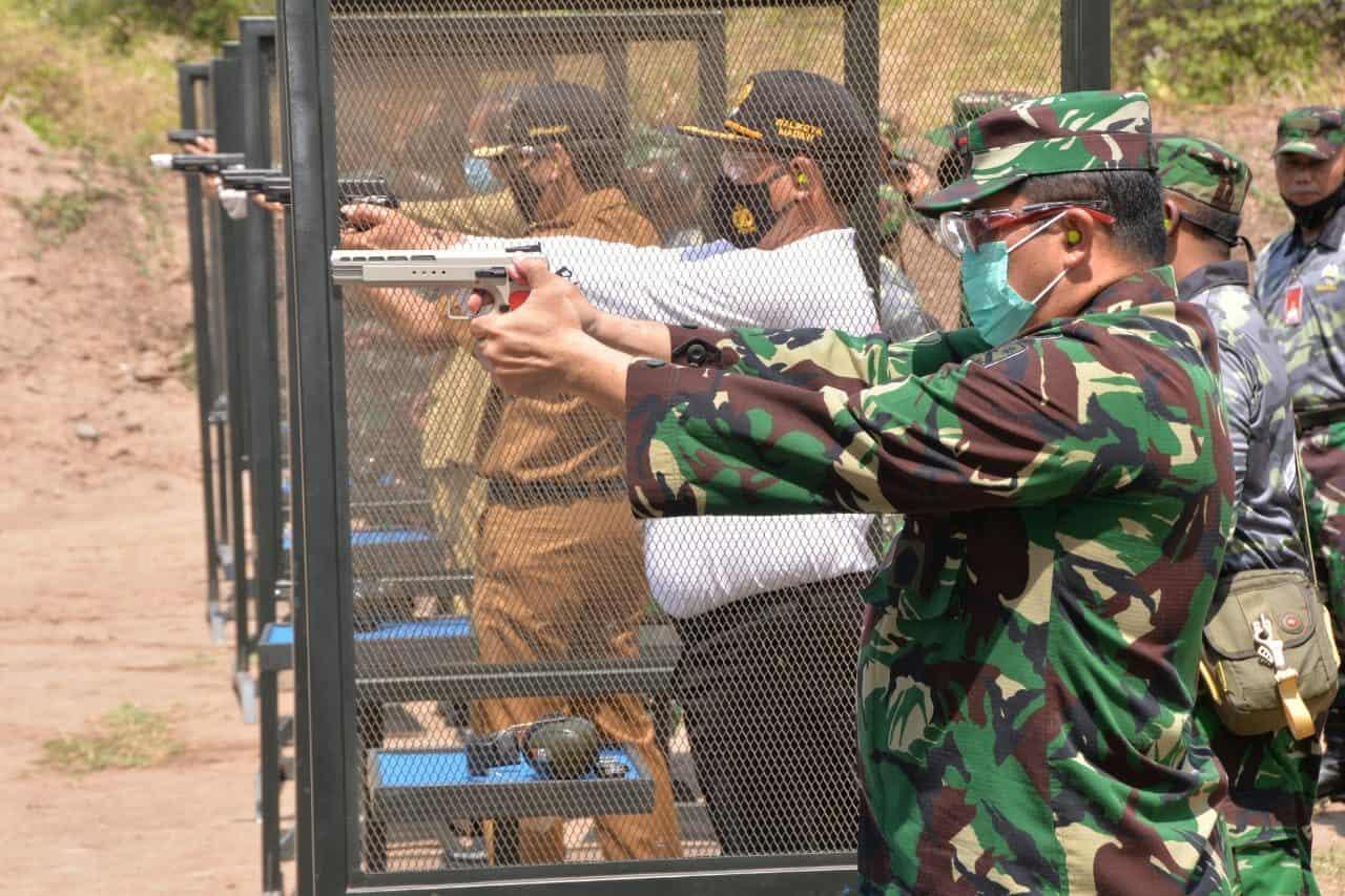Tingkatkan Silaturahmi, Danlanud Iswahjudi Gelar Olahraga Menembak Pistol Bersama Forkopimda Magetan dan Madiun