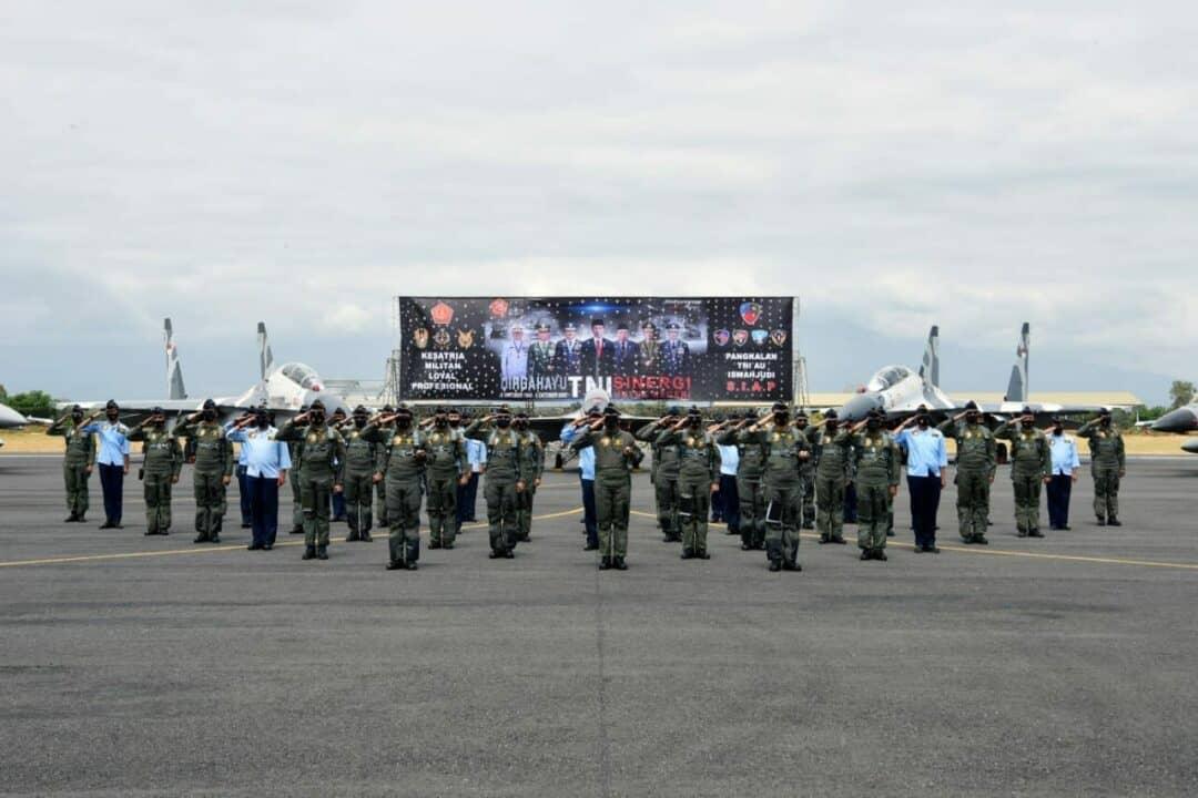 Lanud Iswahjudi Gelar Alutsista Pada Peringatan HUT ke-75 TNI