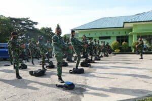 Latihan Renang Militer Untuk Meningkatkan Kemampuan Prajurit TNI AU Lanud Sultan Iskandar Muda