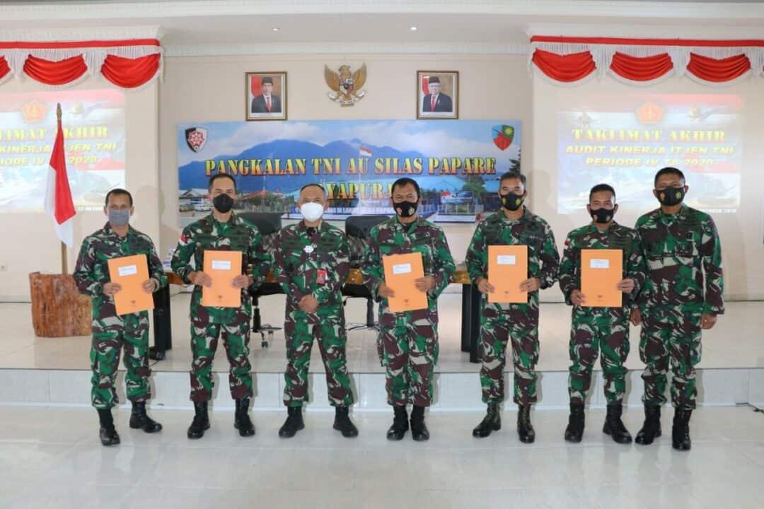 Taklimat Akhir Audit Kinerja Itjen TNI Priode IV TA. 2020 di Lanud Silas Papare