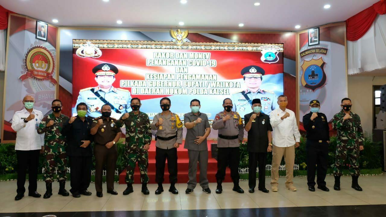 Komandan Lanud Sjamsudin Noor Hadiri Rapat Koordinasi Monev Penanganan Covid-19 Kesiapan Pengamanan Pemilukada Gubernur, Walikota Dan Bupati di Wilayah Prov. Kalimantan Selatan