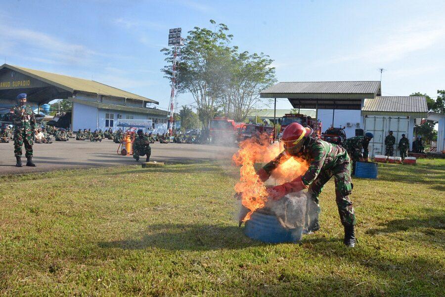Lanud Supadio Gelar Sosialisasi Dan Simulasi Penanganan Bahaya Kebakaran