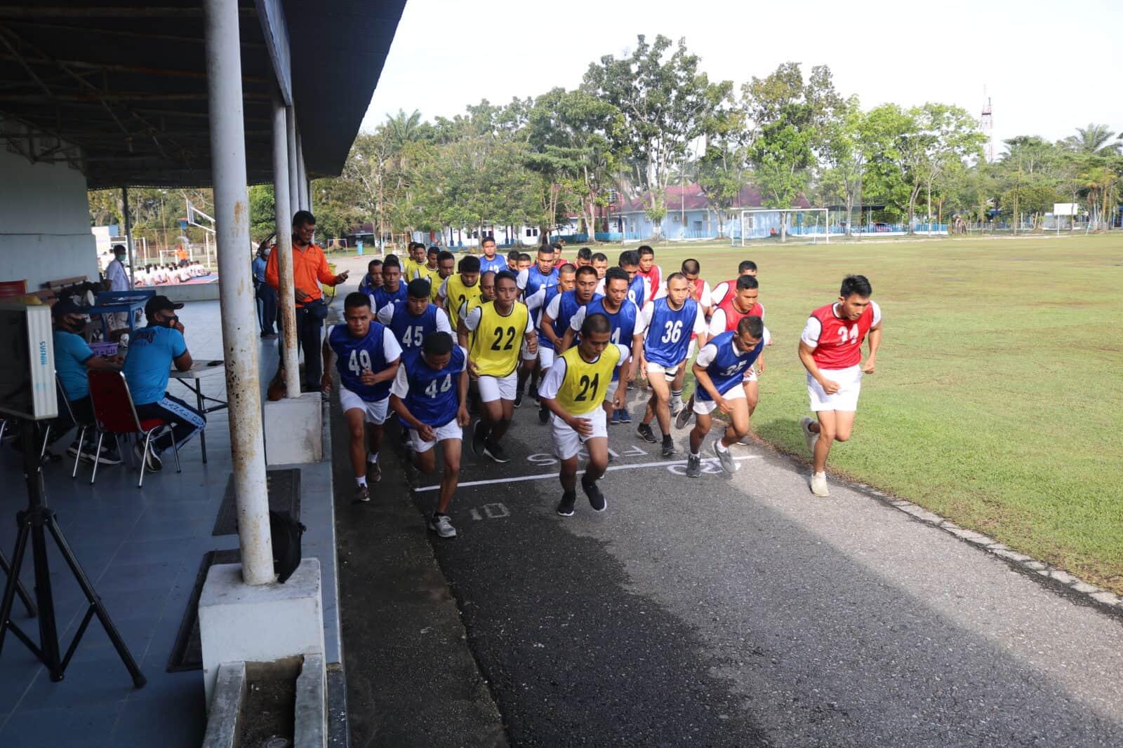 Casis PA PK TNI Laksanakan Tes Samapta di Lanud Rsn