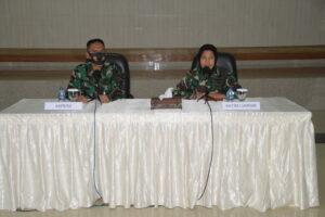 Personel Kosekhanudnas III Menerima Penyuluhan Hukum dari Babinkum TNI