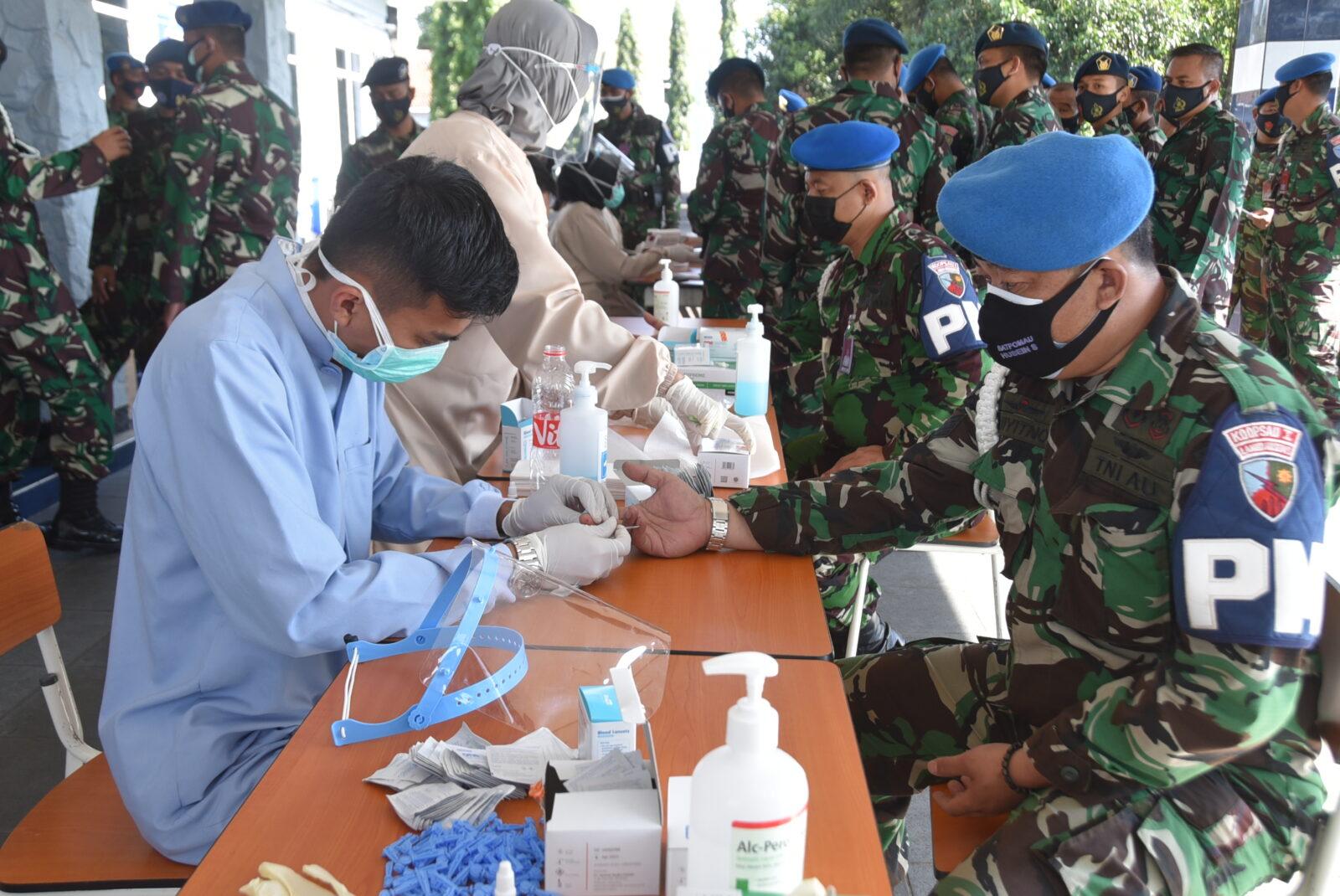 Antisipasi Penularan Covid-19, Seluruh Personel Lanud Husein Sastranegara Kembali Rafid Test.