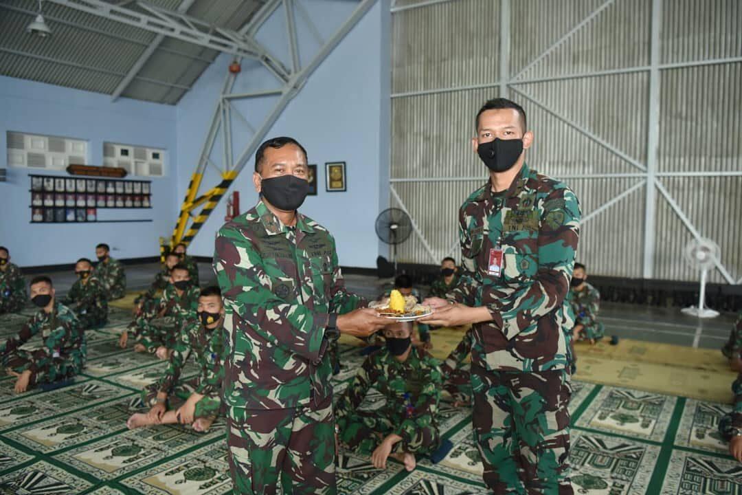 Siswa Sekbang Angkatan 98 mulai laksanakan Bina Terbang latih lanjut