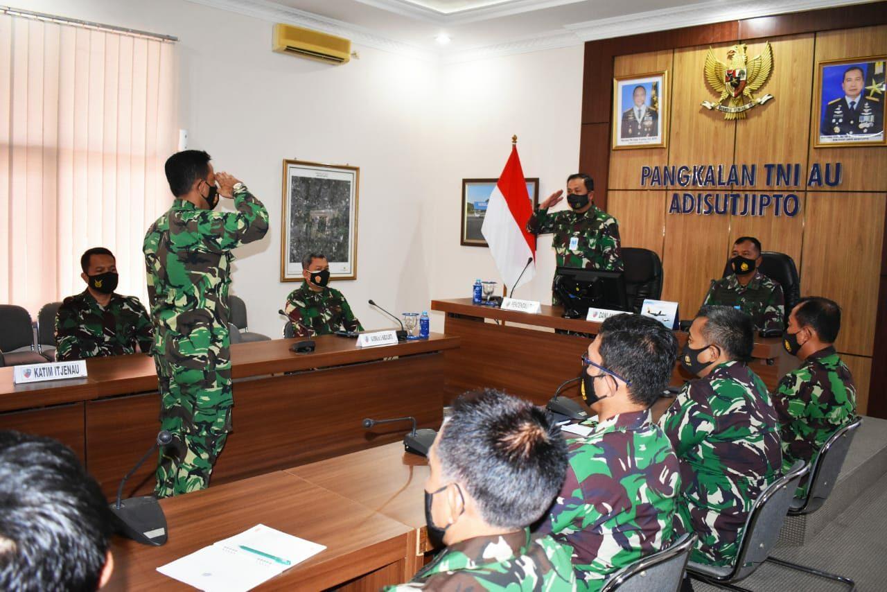 Entry Briefing Tim Reviu Itjenau di Lanud Adisutjipto