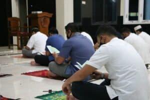 Berkah Malam Jumat, Umat Muslim Lanud Iswahjudi Gelar Doa Bersama